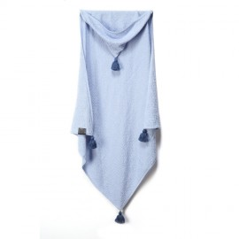 Nežna pletena odejica iz bambusa s kapuco - svetlo modra